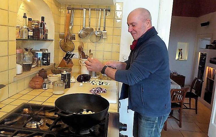 Mario Palmisano beim Kochen